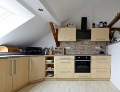 Kuchyně 6.